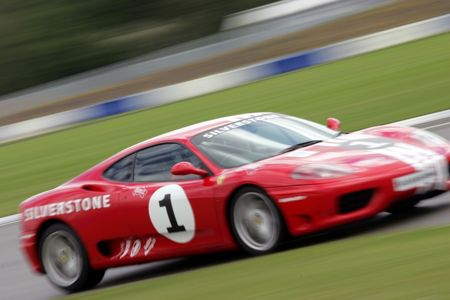 Buyagift Tour of silverstone for two