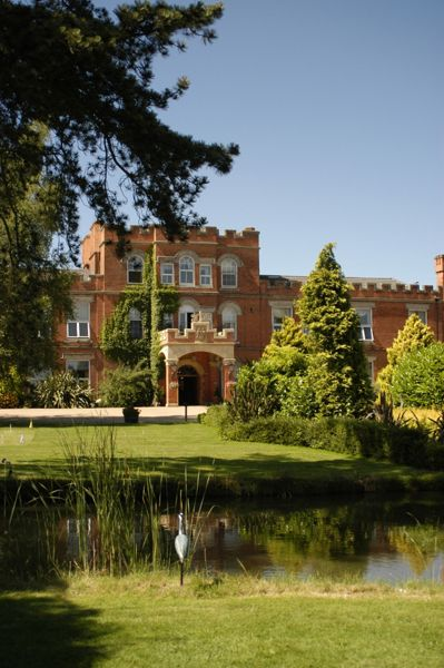 Buyagift Refresh and revive at ragdale hall for two