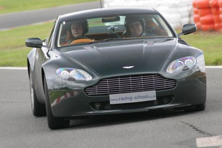 Buyagift Aston martin driving thrill at brands hatch