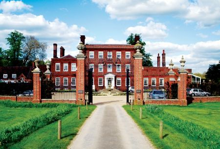 Buyagift 55 minute champneys deluxe massage