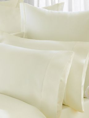 Sheridan 1000 Thread Count Vanilla Bed linen