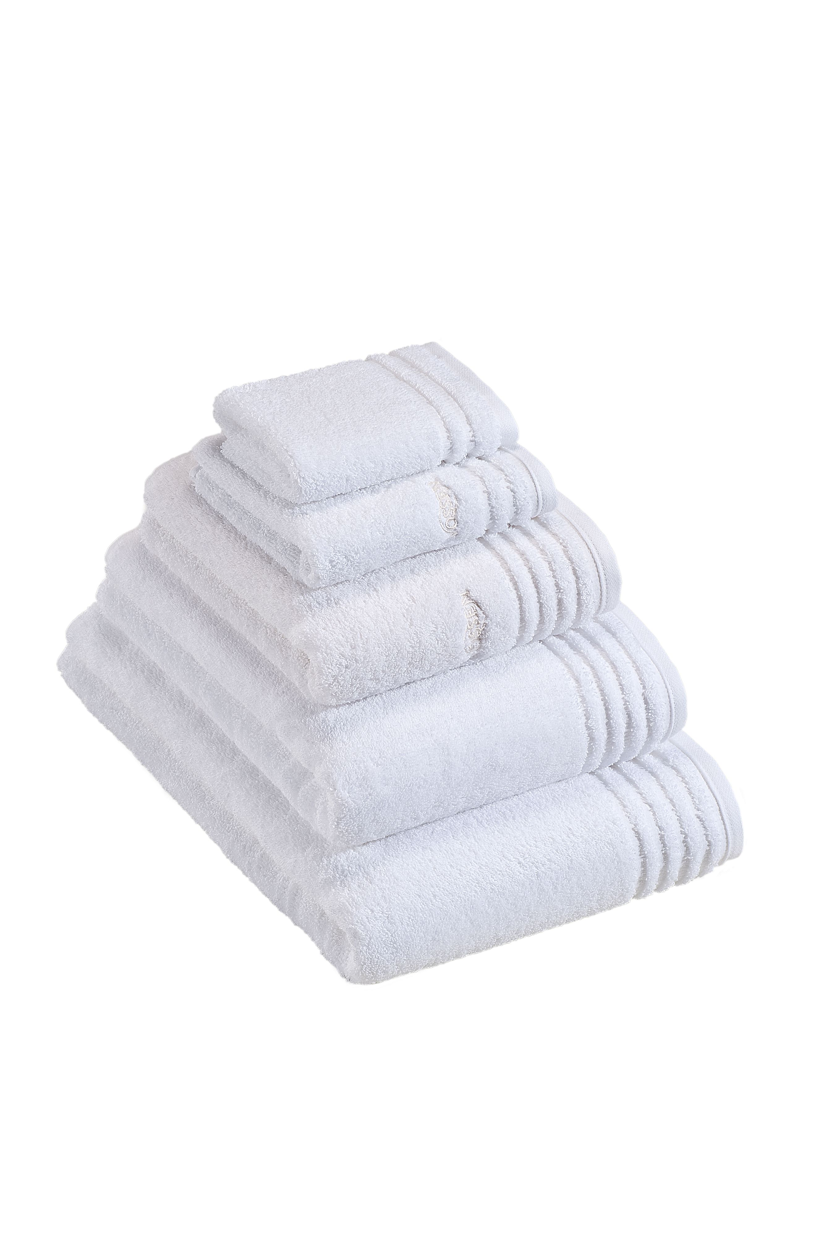 Vienna towel range in white