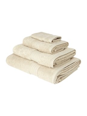 Linea Luxe Egyptain cotton towels in Wheat