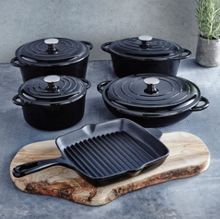 Cast iron cookware in black