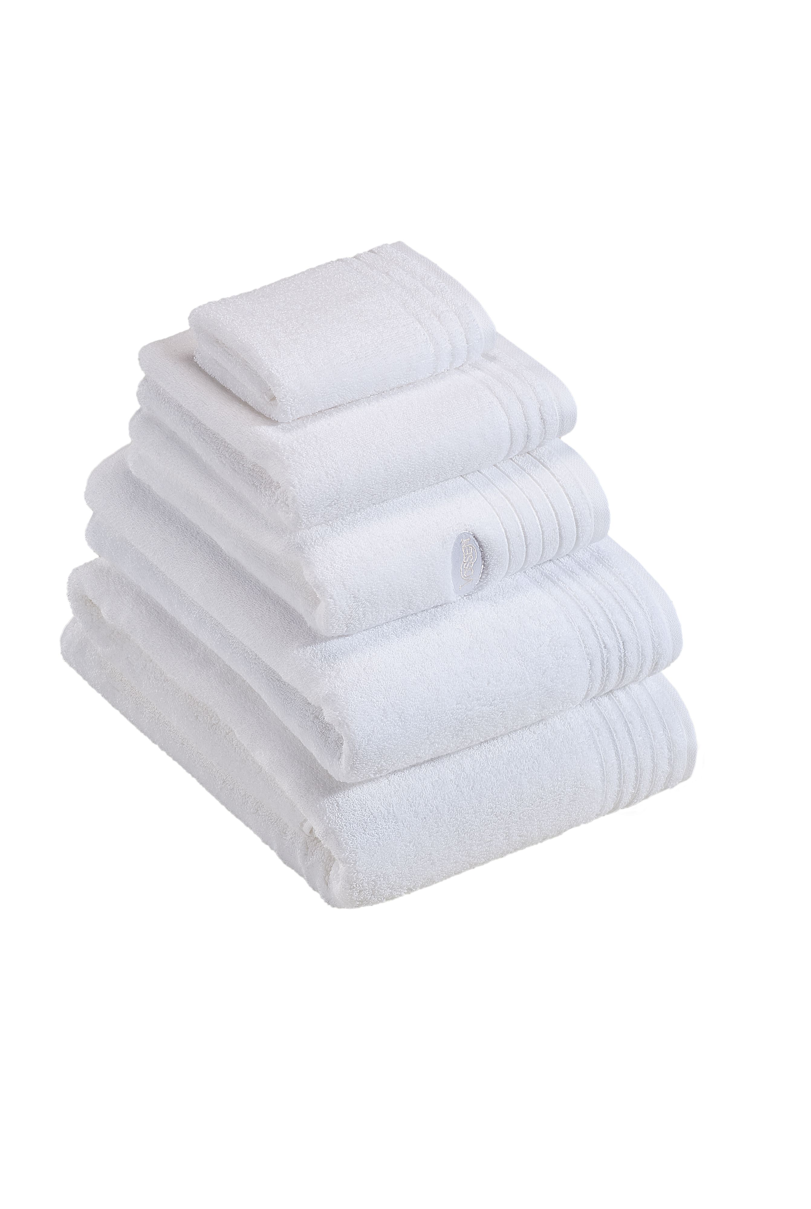 Dreams towel range in white