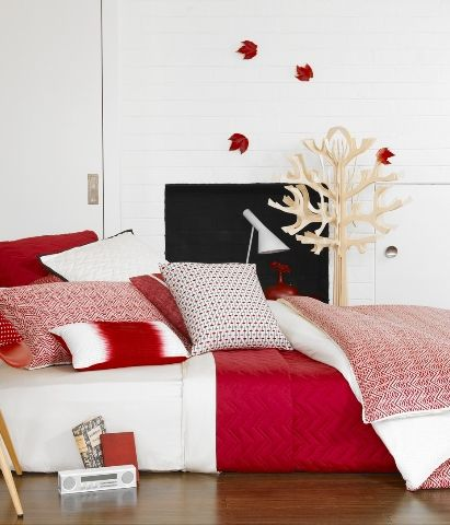 Aura Maxx Chilli Red Coverlet