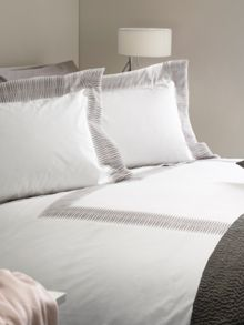 Casa Couture Montagu bed linen grey on white