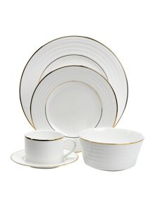 Soho gold dinnerware