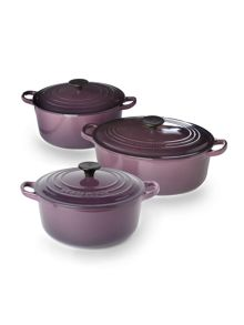 Cast iron cookware in Cassis