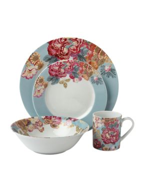 Linea by Collier Campbell Cleo serveware