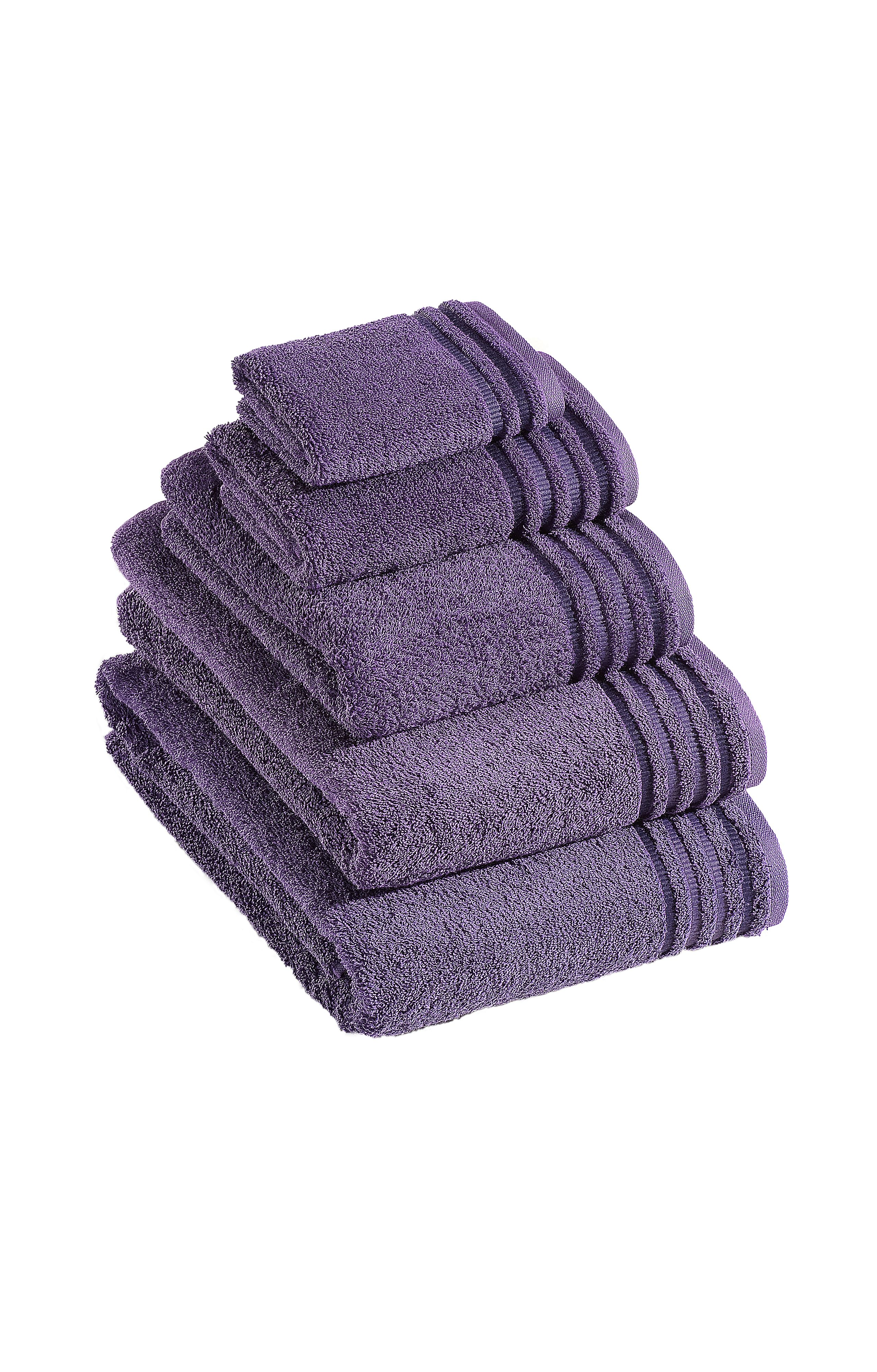 De Luxe towel range in dark tulip
