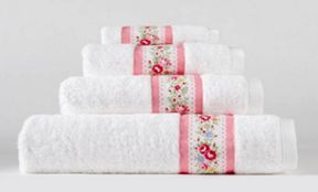 Cath Kidston Pink lace stripe towels