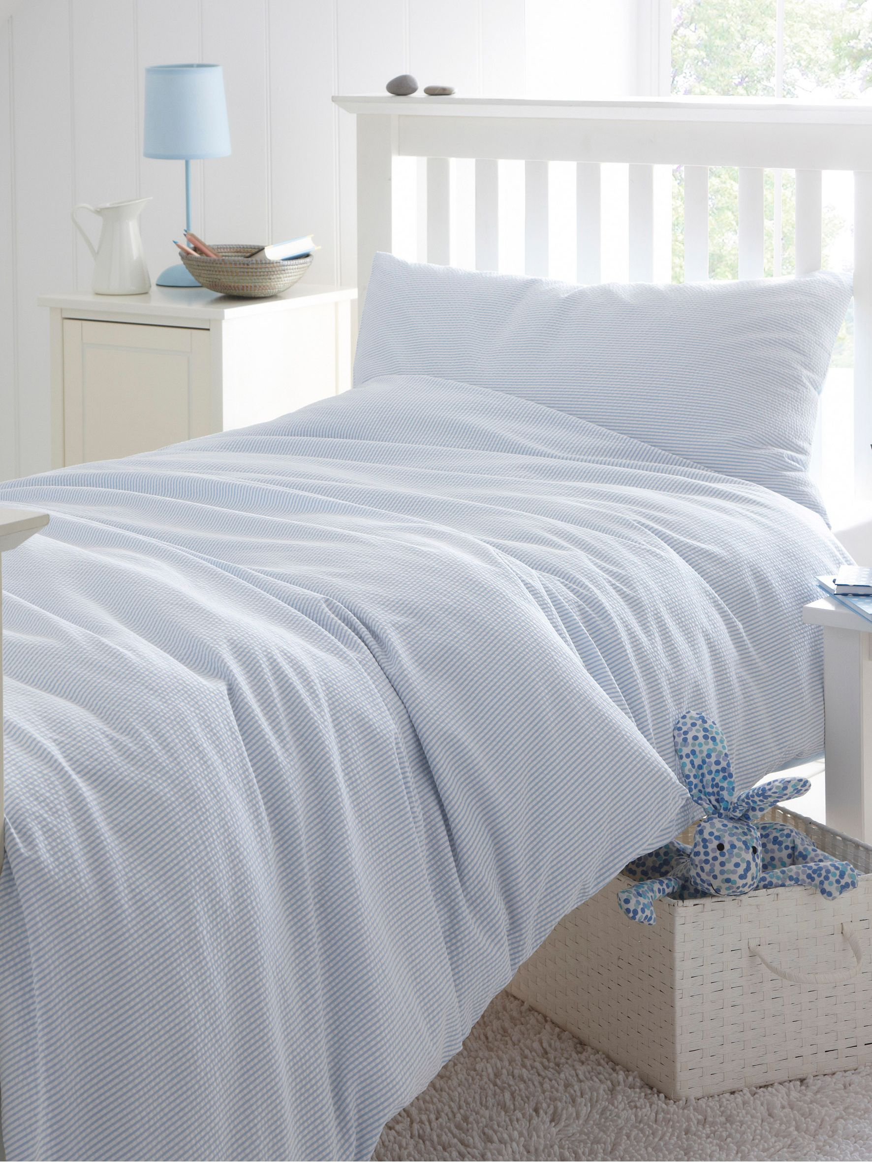 Seersucker double duvet cover set blue and white