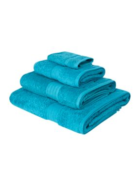Linea Luxe Egyptian cotton towels in ocean