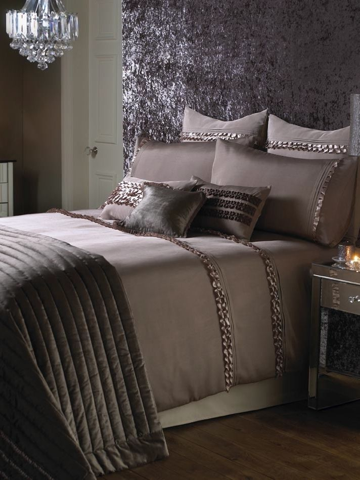 Kylie Bedding Black Lace