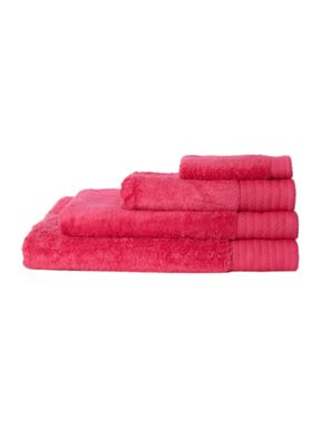 Hotel Collection Luxury 700 gsm cotton towels in fuchsia
