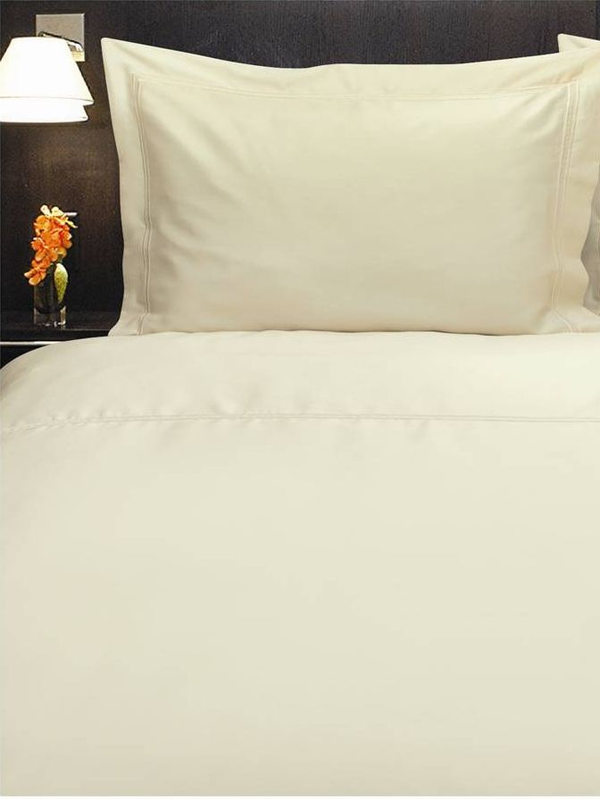 Baretta Stitch double fitted sheet ivory