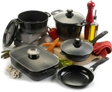 Linea Cast Aluminium Cookware in Black