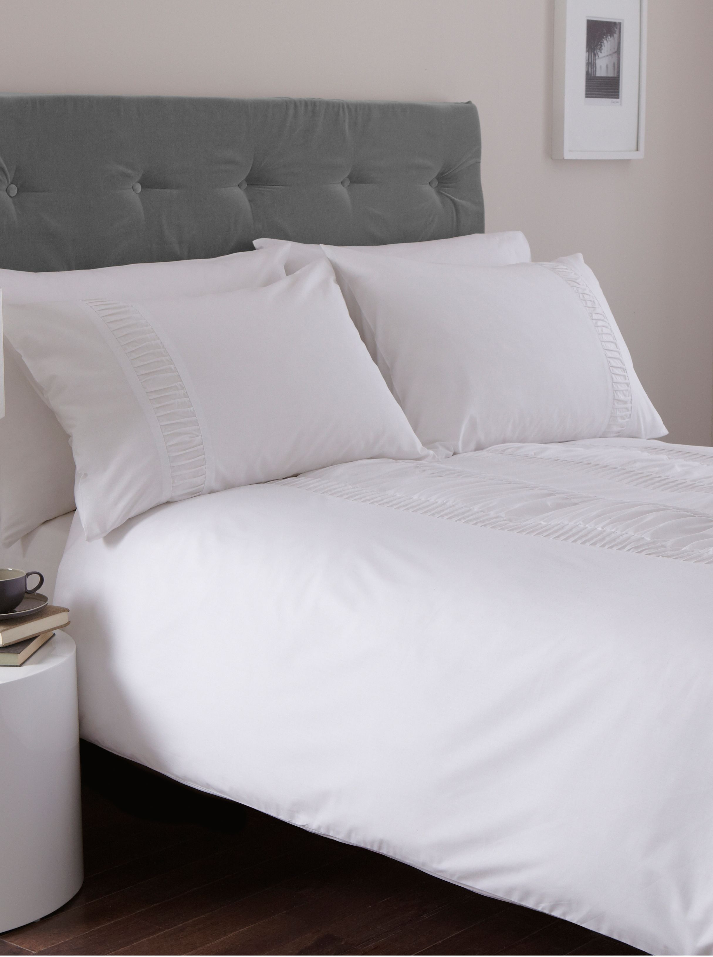 Simplicity superking duvet cover white