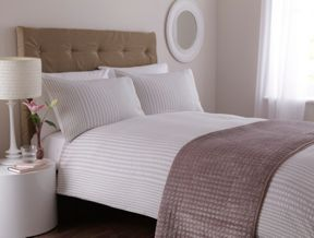 Casa Couture Spencer bed linen