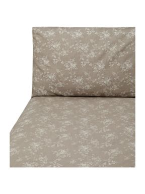 Shabby Chic Floral Jacquard bed linen