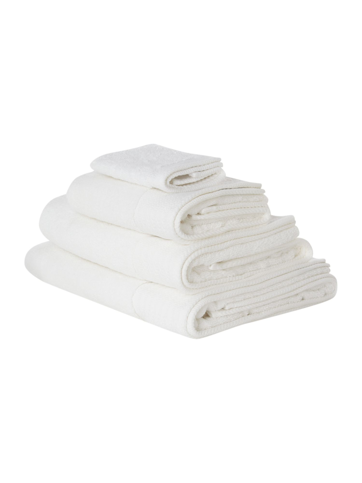 Zero twist bath towels in white