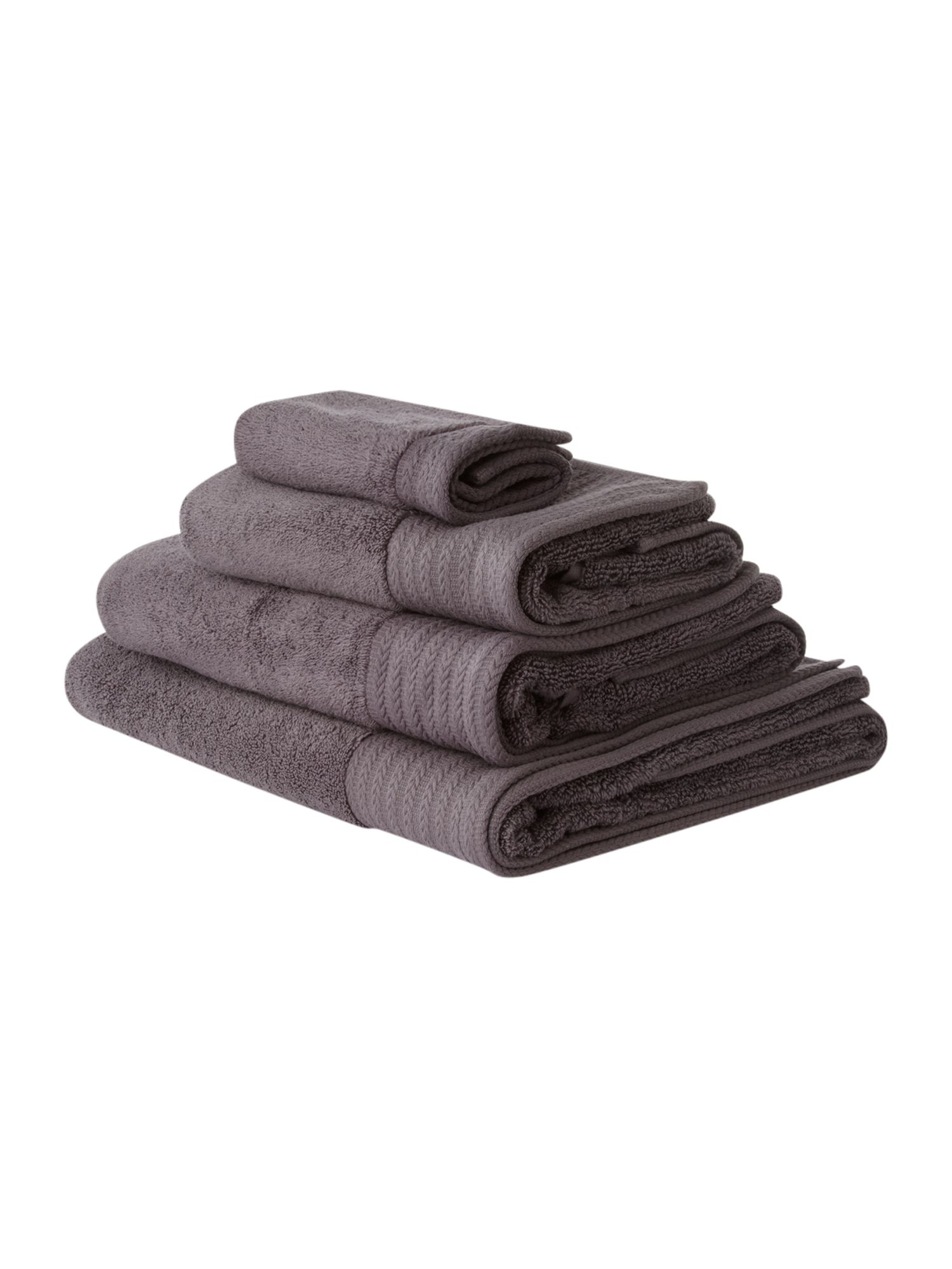 Zero twist bath towels in pewter