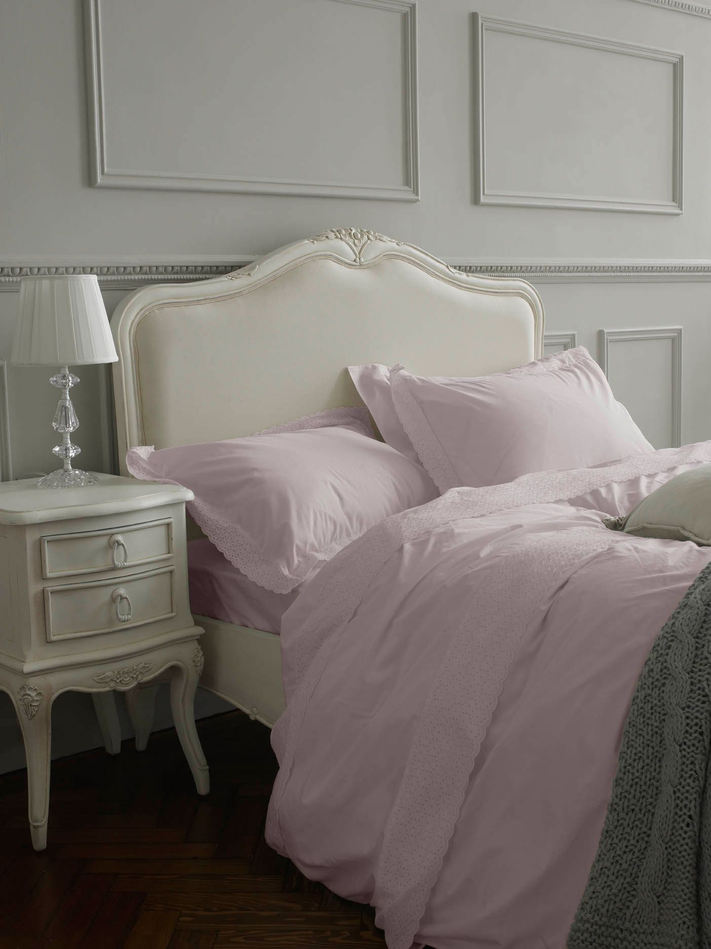 Embroidered frill single duvet cover pink