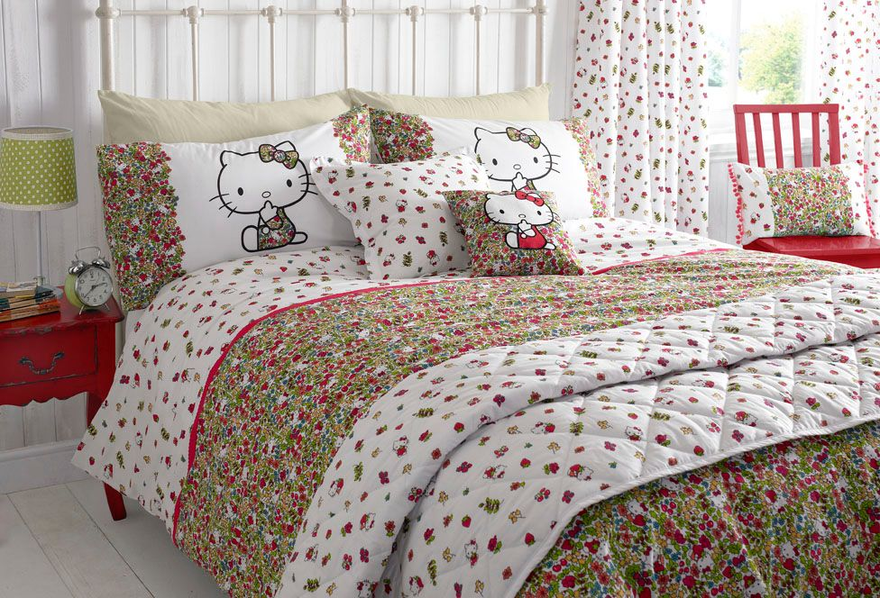 Strawberry field double duvet cover set