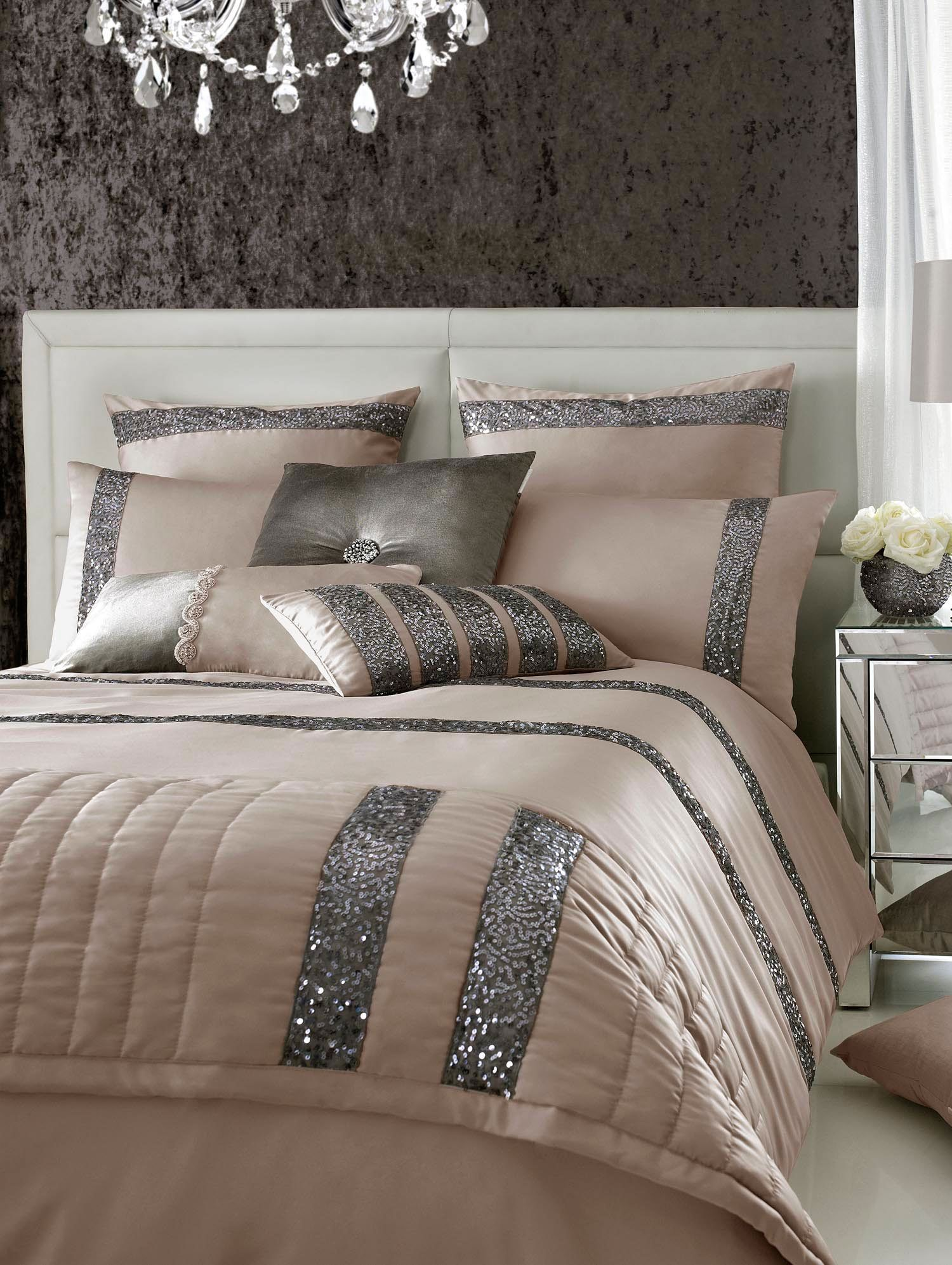 Safia square pillowcase truffle