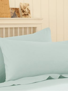 Silent Night Polycotton sheeting in aqua
