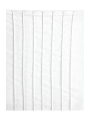 Luxury Hotel Collection 500 TC Pintuck bed linen in white