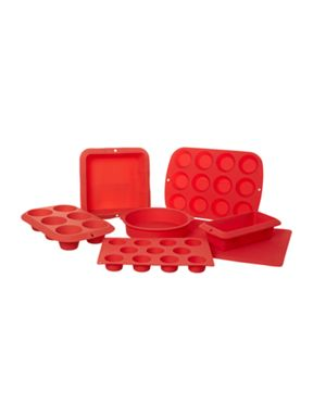Linea Bakeware Range in red