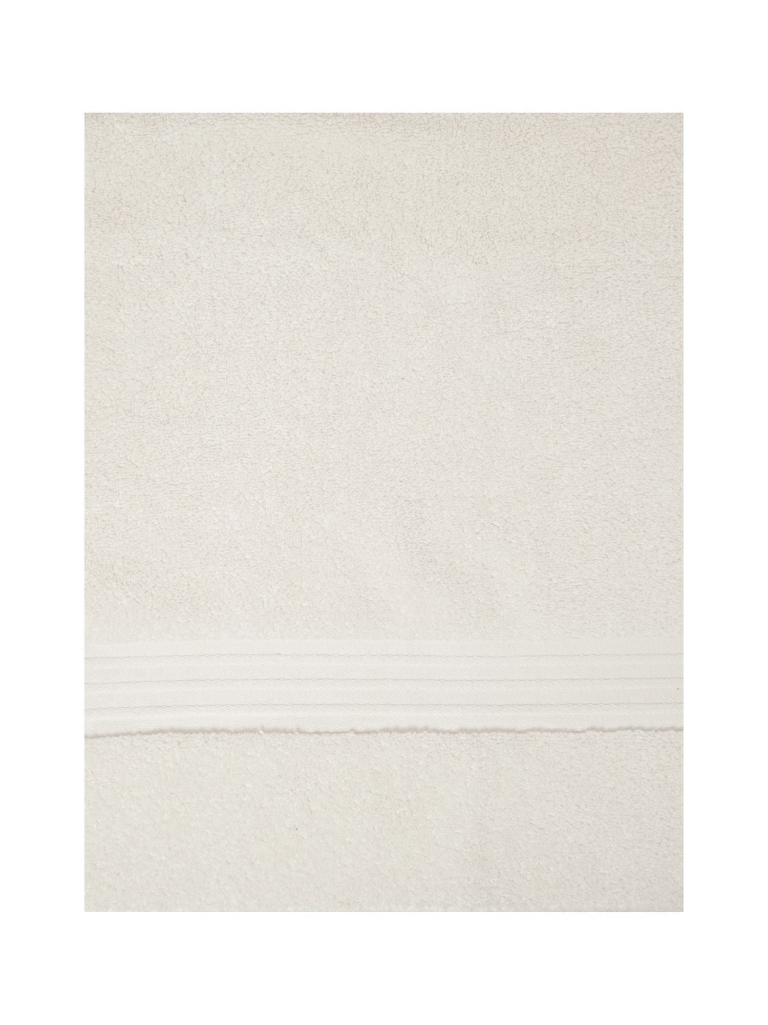 Zero twist towels cream
