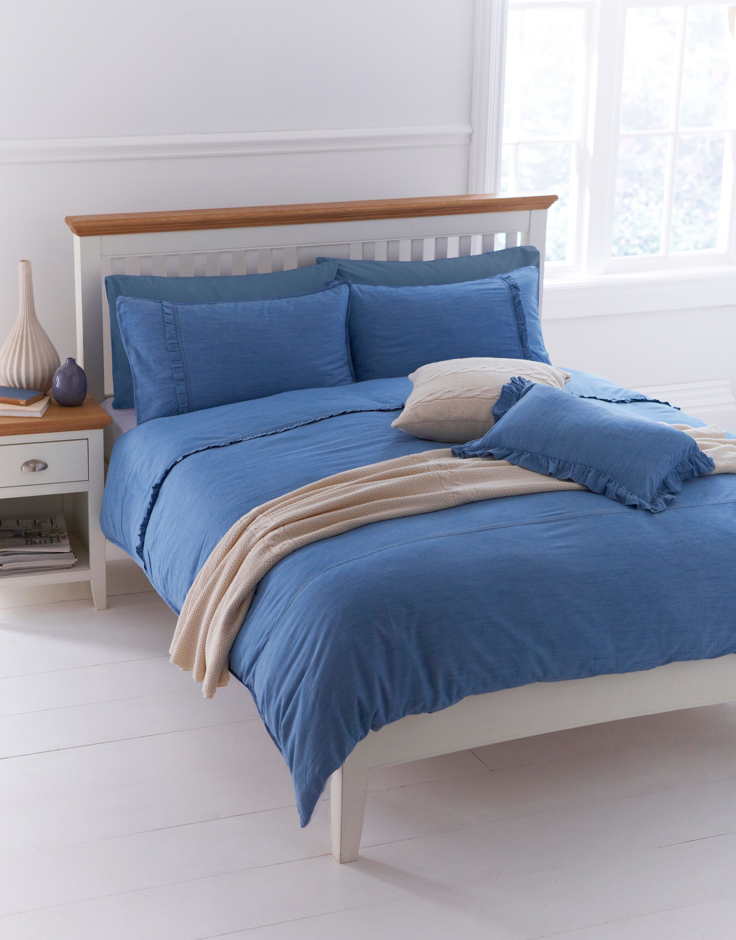 Pretty denim bed linen sets