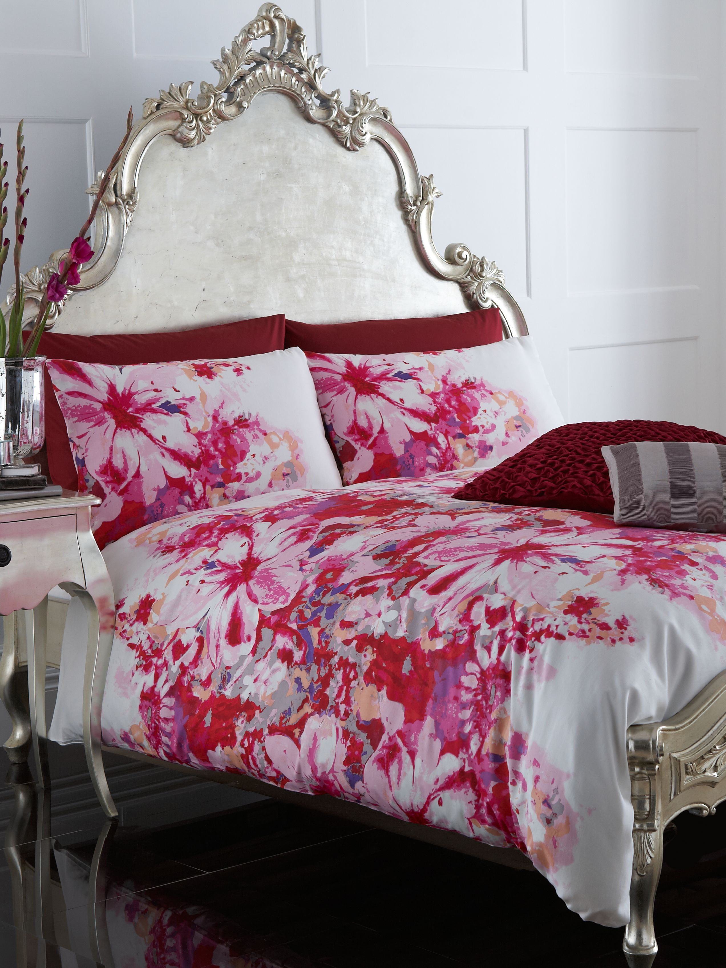 Lily Floral pillowcase pair