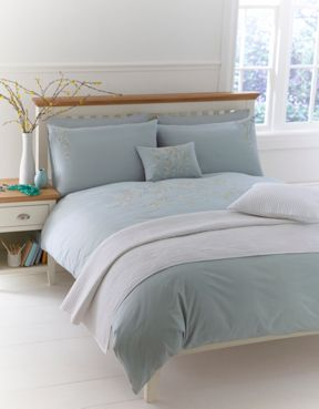 Linea Ditsy daisy embroidered bed linen sets