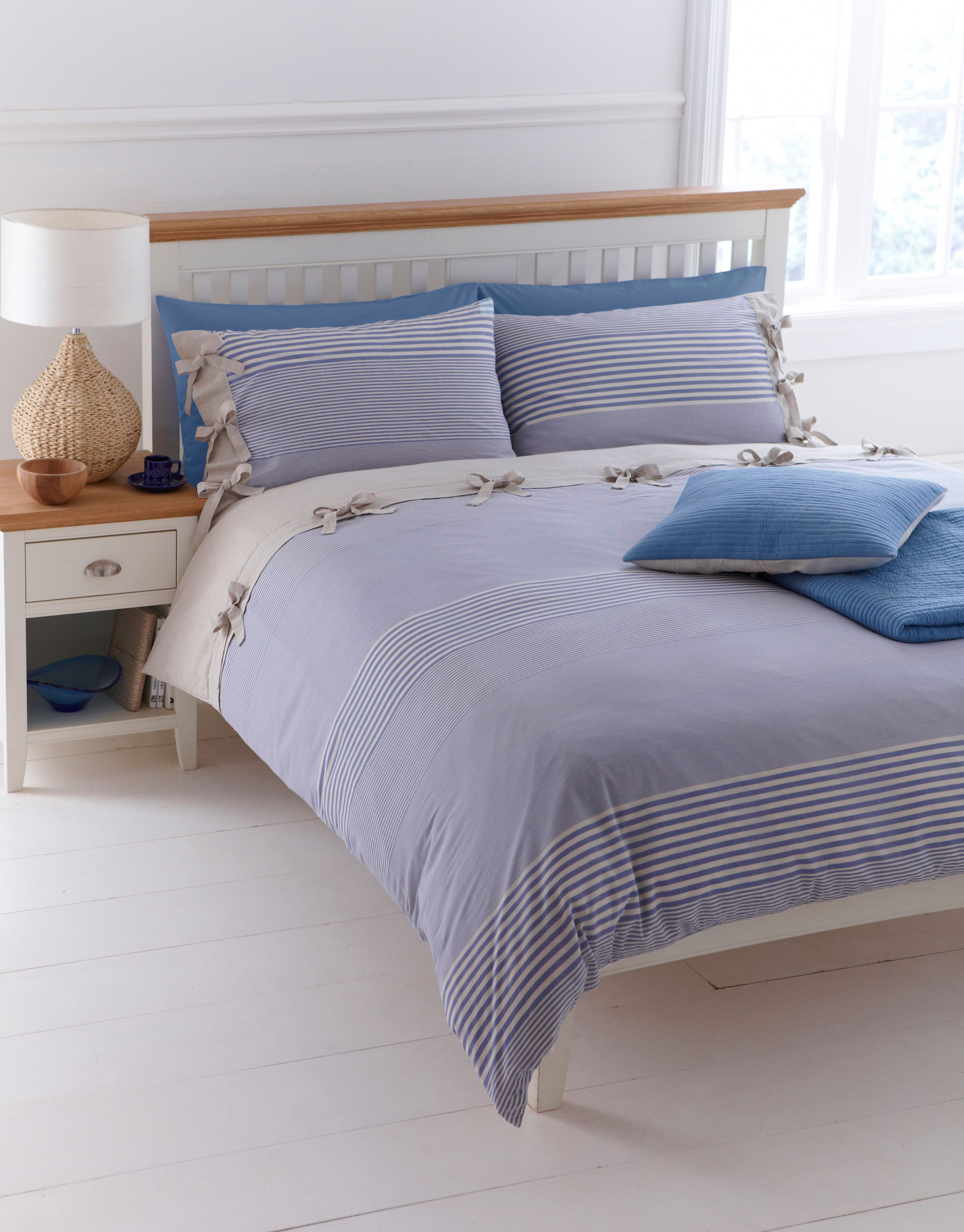 Woven stripe bed linen sets