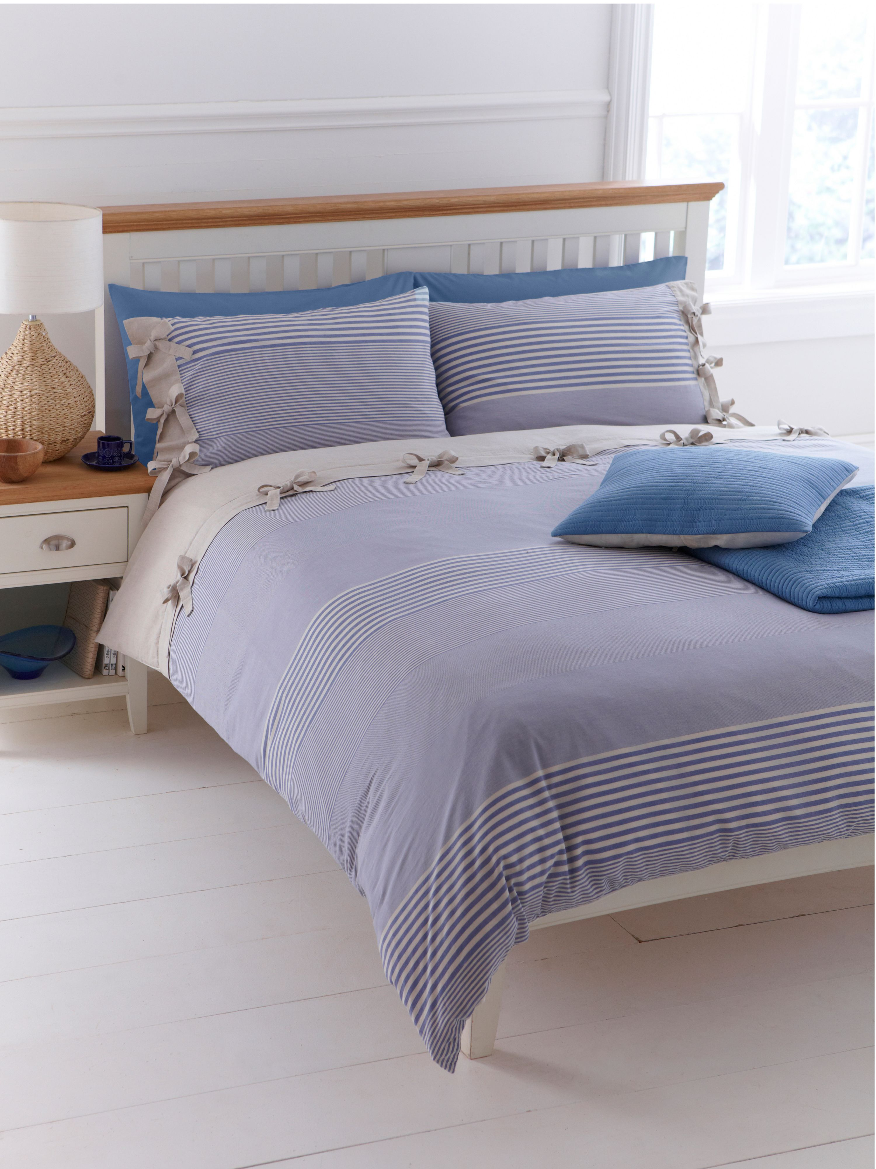 Woven Stripe king duvet cover set