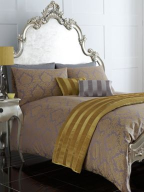Pied a Terre Chartreuse damask jacquard bed linen