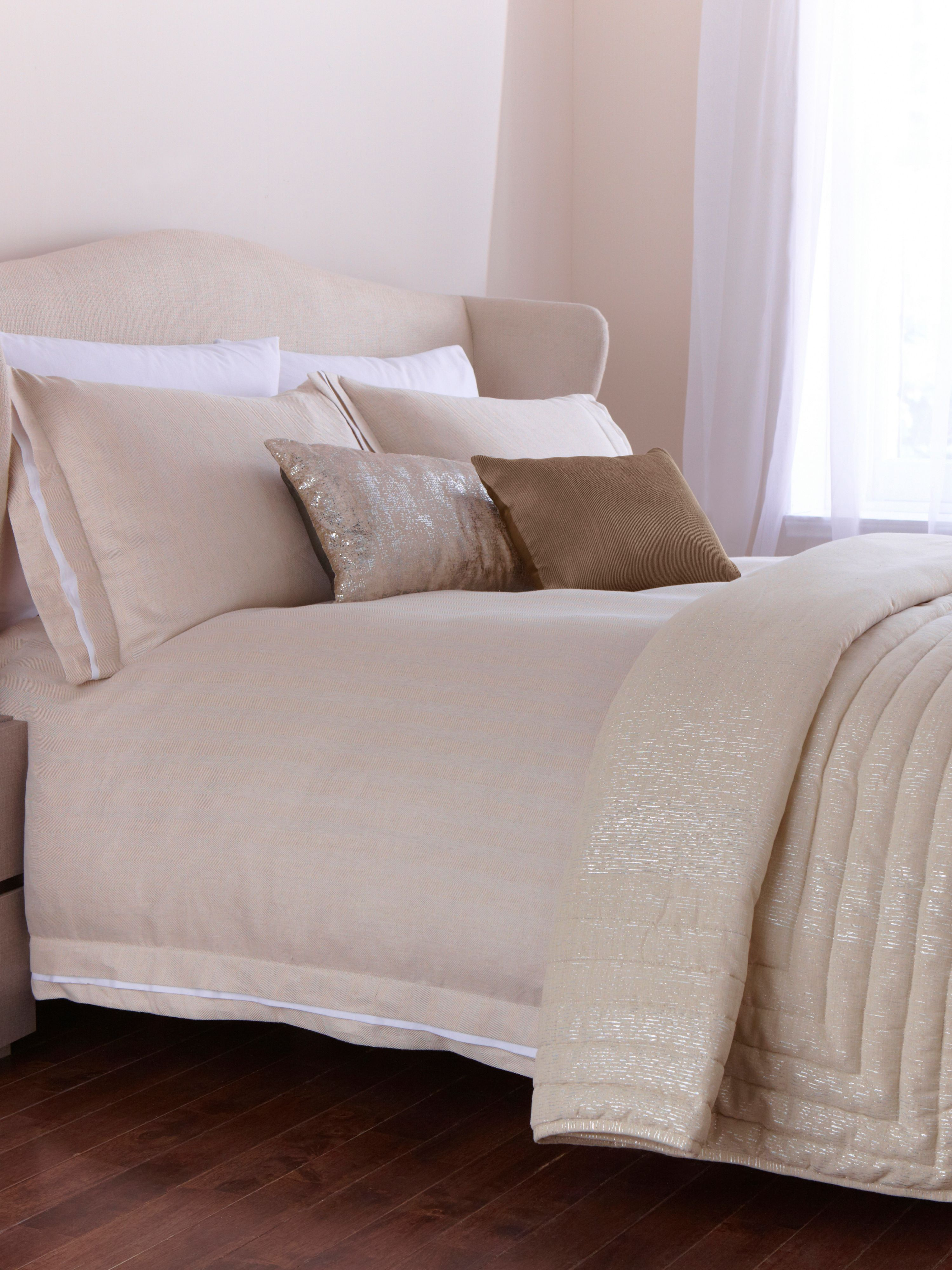 Herringbone natural bed linen