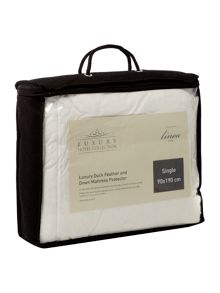 Luxury Hotel Collection Duck feather & down mattress protectors