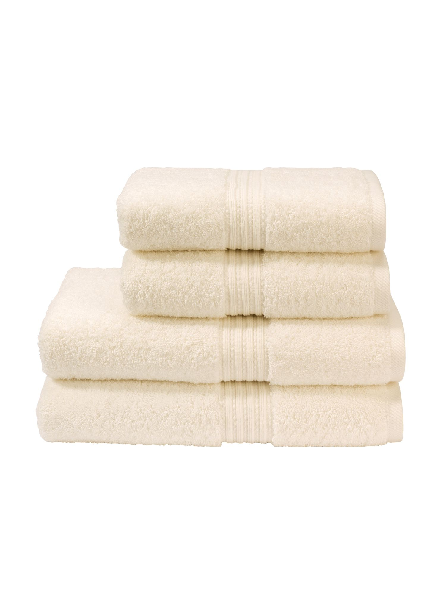 Plush towels in cream