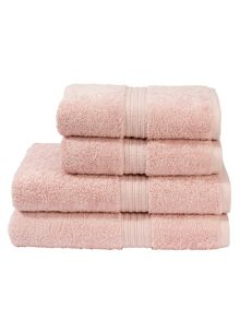 Plush towels in briar rose