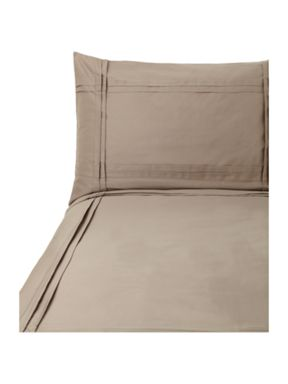 Luxury Hotel Collection Criss cross pleat bed linen in oyster
