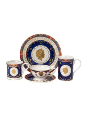 Royal Worcester Royal coronation dinnerware range