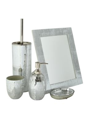 Pied a Terre Mosaic bathroom accessories