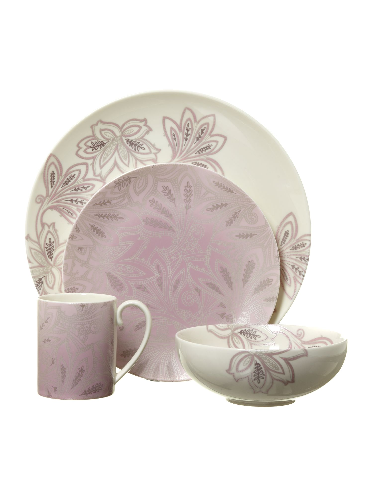 Chantilly dinnerware range