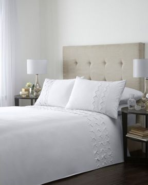 Luxury Hotel Collection Box pleat duvet cover set in cream