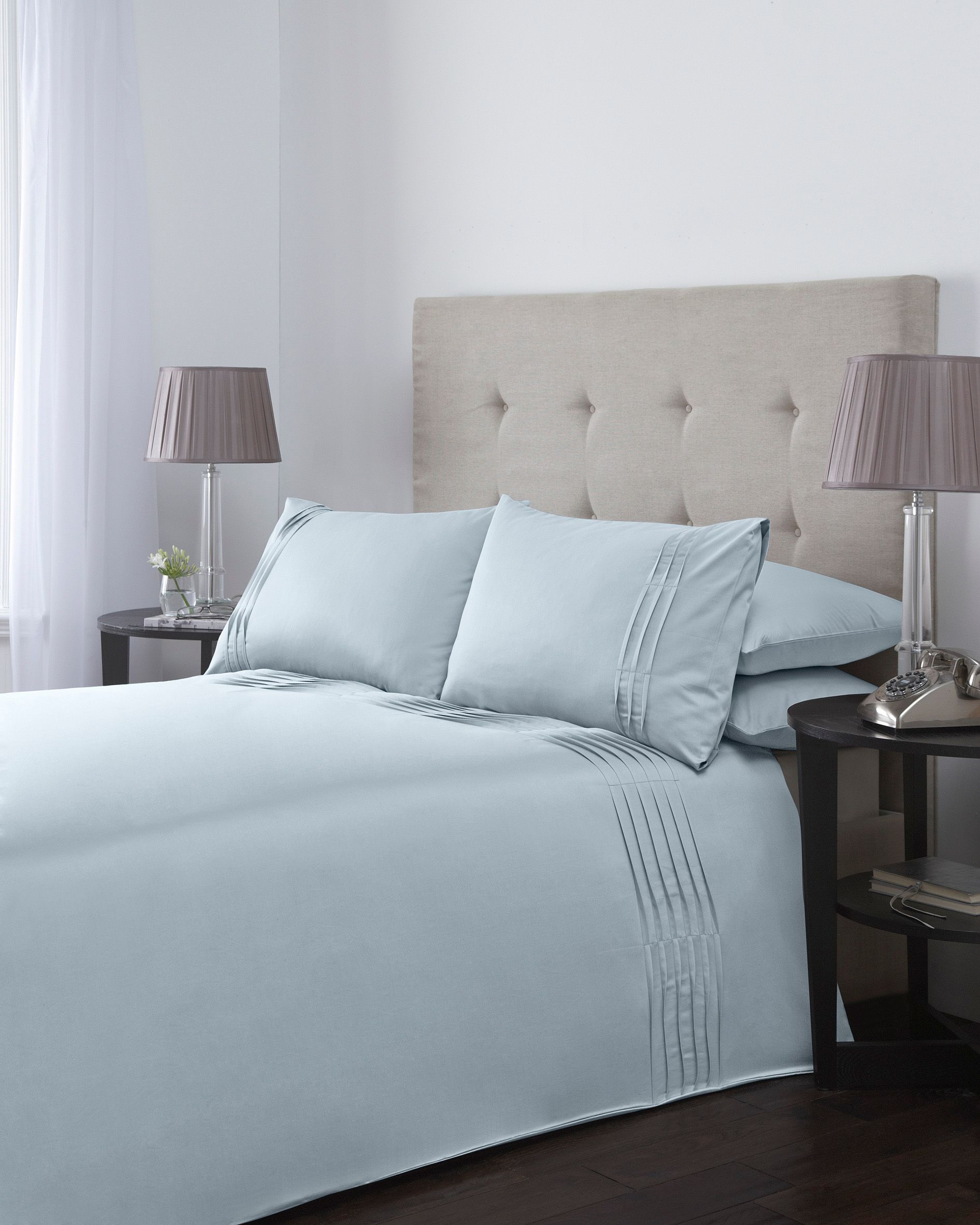 Ripple pleats king duvet cover set in soft blue